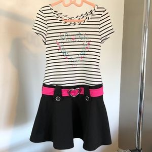 Other - Girls Casual Short Sleeve Belted Dress- Size S